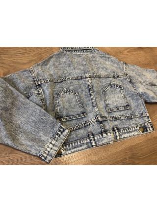 Джинсова жіноча куртка весна-літо
