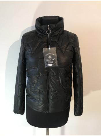 Демісезонна жіноча куртка Miaojie