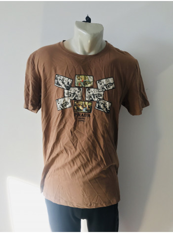 Мужская футболка Prada