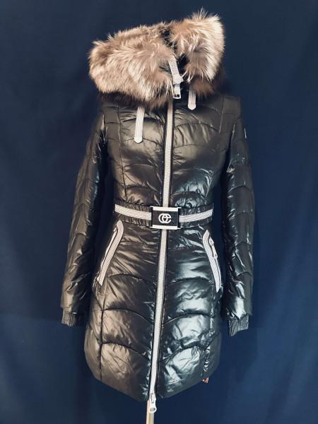 Жіноча куртка з хутром чорнобурки