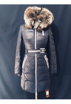 Зимняя куртка с чернобуркой на капюшоне
