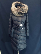 Пальто пуховик жіноче зимове, з штучним хутром