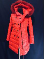 Купить пуховики Snowimage оптом и в розницу. 91 натуральный мех енота, красная