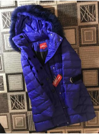 Пуховик женский Snowimage 91 синий, с мехом енота
