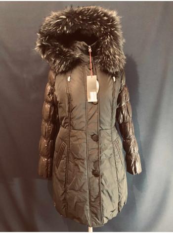 Женский пуховик Snowimage c натуральныv мехом, черная