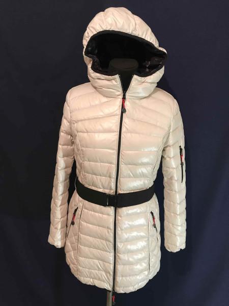 Зимова куртка Snowimage на девушку