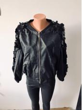 Шкіряна куртка Jiabaina чорна з блискітками