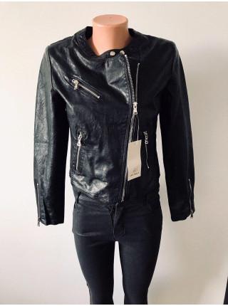 Куртки кожанные - Luka rulla черного и розового цвета