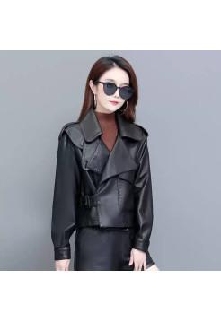 Женская кожаная куртка на демисезон