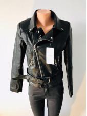 Жіноча куртка кожзам AFTF чорного кольору на демісезон весна - осінь