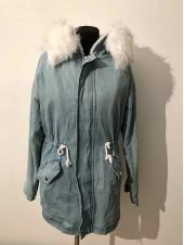 Куртка джинсова з мехом жіноча купити недорого