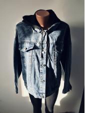 Молодіжні джинсові куртки - оверсайз з принтом на спині