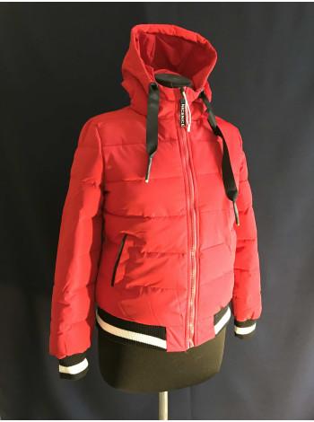 Куртка демісезонна, спортивна, червона під гумку. Фабричний Китай