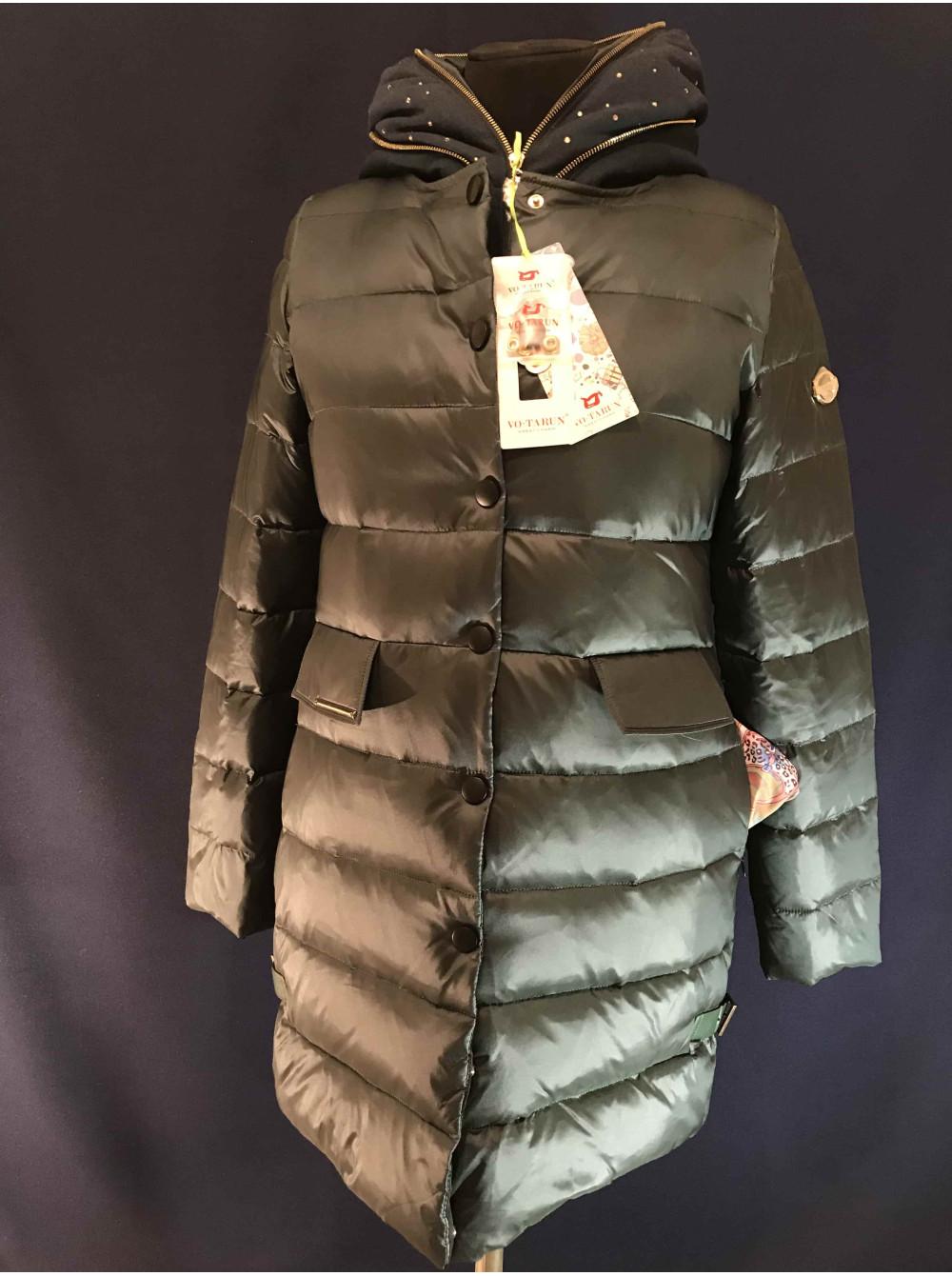 Жіноча куртка VO TARUN з капюшоном з трикотажу. Купити куртку в ... fa478c07bd3e4