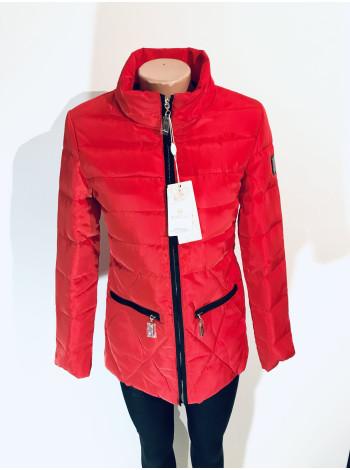 Женские куртки осень синего, цвета пудры и красного цвета