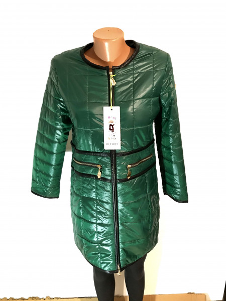 Женская куртка осень Vo Tarun зеленого цвета