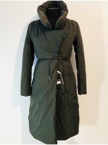 Зимове пальто жіноче, наповнювач холлофайбер