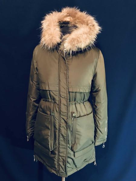 Купить зимнюю парку женскую с натуральным мехом