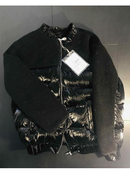 Куртка демисезонная с искусственным мехом