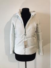 Куртки на весну Fashion 1819 біла