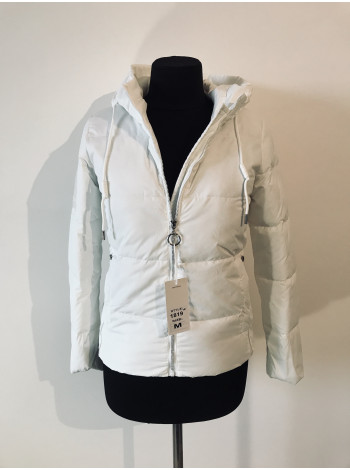 Куртки на весну Fashion білого кольору