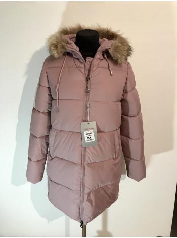 Жіночі куртки зима - кольору пудри
