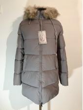 Зимние куртки с мехом Moon Mango